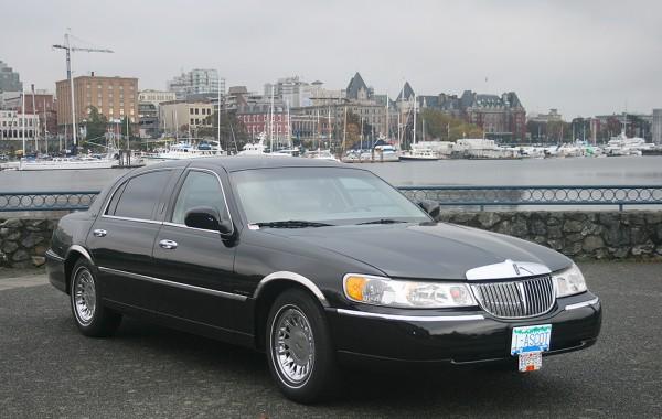 Lincoln Corporate Sedan