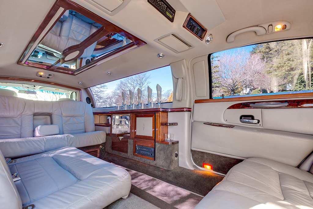 Stretch Interior